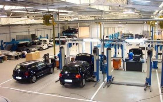 Resultado de imagen de taller francia coches